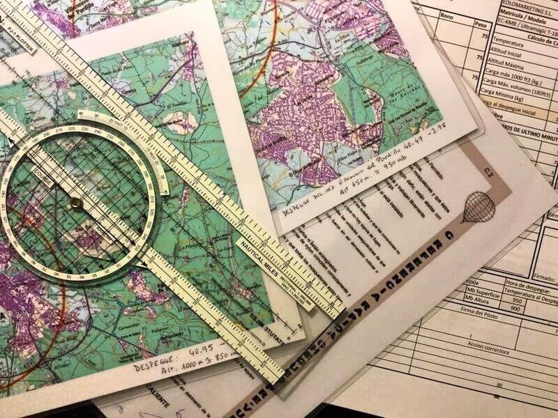 Piloto de Globo aerostatico. Mapas y útiles