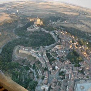 Vuelo en Globo en Segovia 31/07/16. Sobre la Catedral y el Alcázar de Segovia