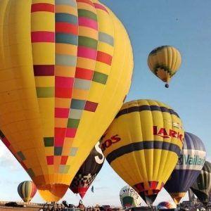 Campo de despegue en el Festival del Globos de Segovia