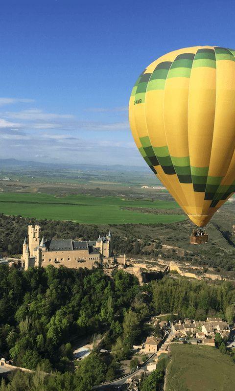 Vuelo en Globo sobre el Alcázar de Segovia