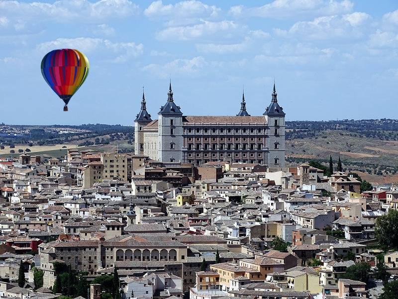 Vuelo en globo en Toledo y visita guiada toledo mágico