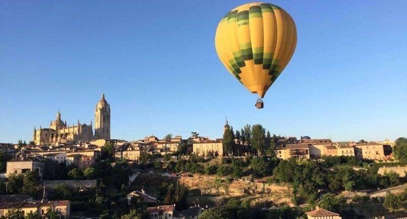 Billete viaje en globo en Segovia