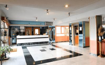 Recibidor principal Hotel Corregidor especial parejas más Vuelo en Globo