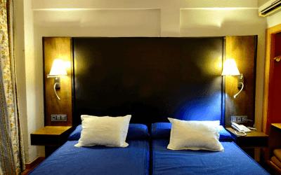Paquete especial parejas hotel y vuelo en globo en Segovia