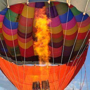 Por que vuela un globo aerostático