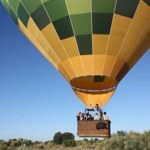 globo-aerostatico-volando